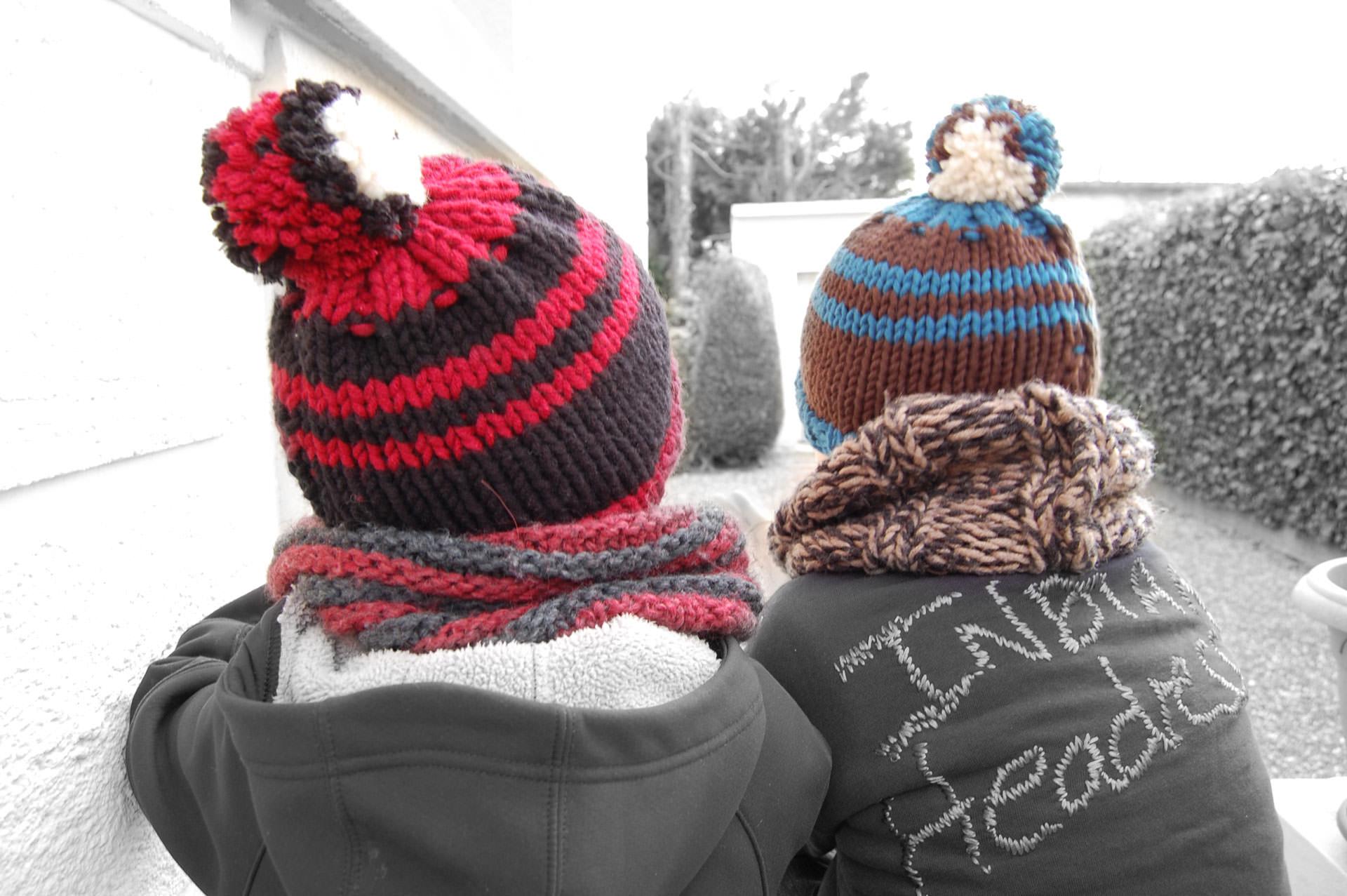 5cb7188e48a7 Modèle bonnet à pompon - MADLAINE   Mad laine