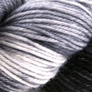 Traveller Black Pearl - Dragonfly Fibers