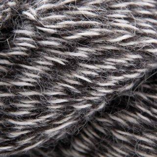 Eco-Llama Noir/Beige LE178 - Illimani Yarn