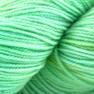 Adorn Luxe War Of The Roses - Three Irish Girls Yarn