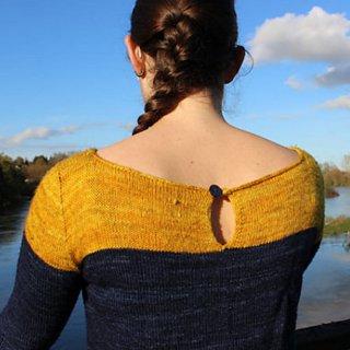 Pull femme Modèle Pullover Grand Bicolore par Instants de Louise