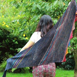 Modèle femme Modèle Châle Give Me A Color par Xiaowei