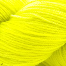 Adorn Luxe Highlighter - Three Irish Girls Yarn
