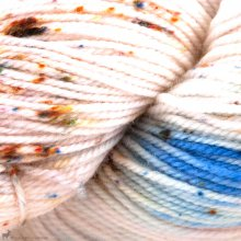 Adorn Luxe My Cherie D'Amour - Three Irish Girls Yarn